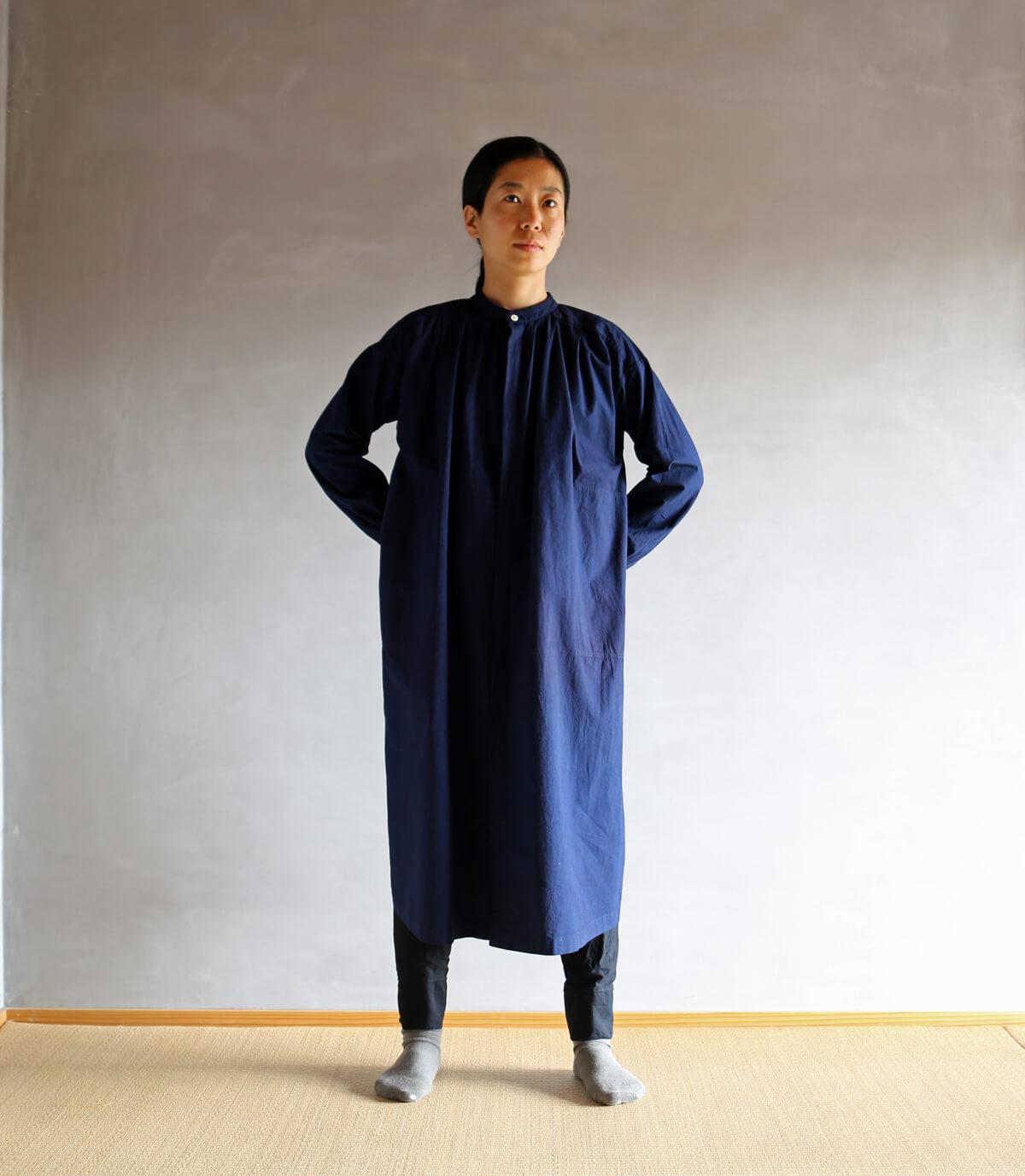藍のワンピースコートのアイキャッチ画像