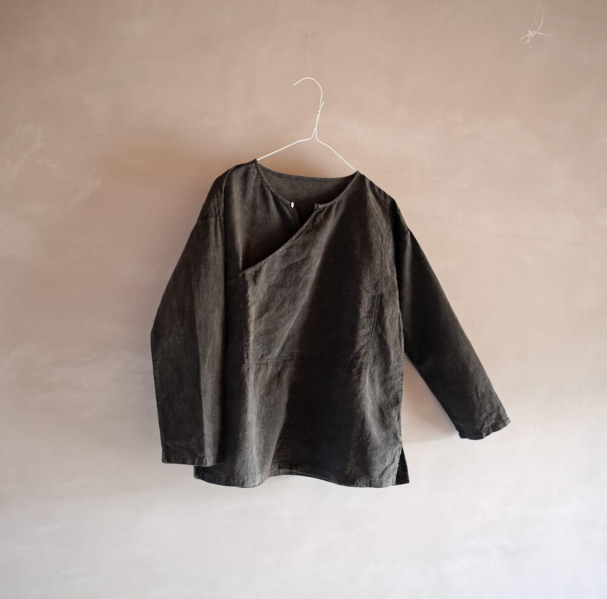 ベンガラ染のポケットシャツのアイキャッチ画像