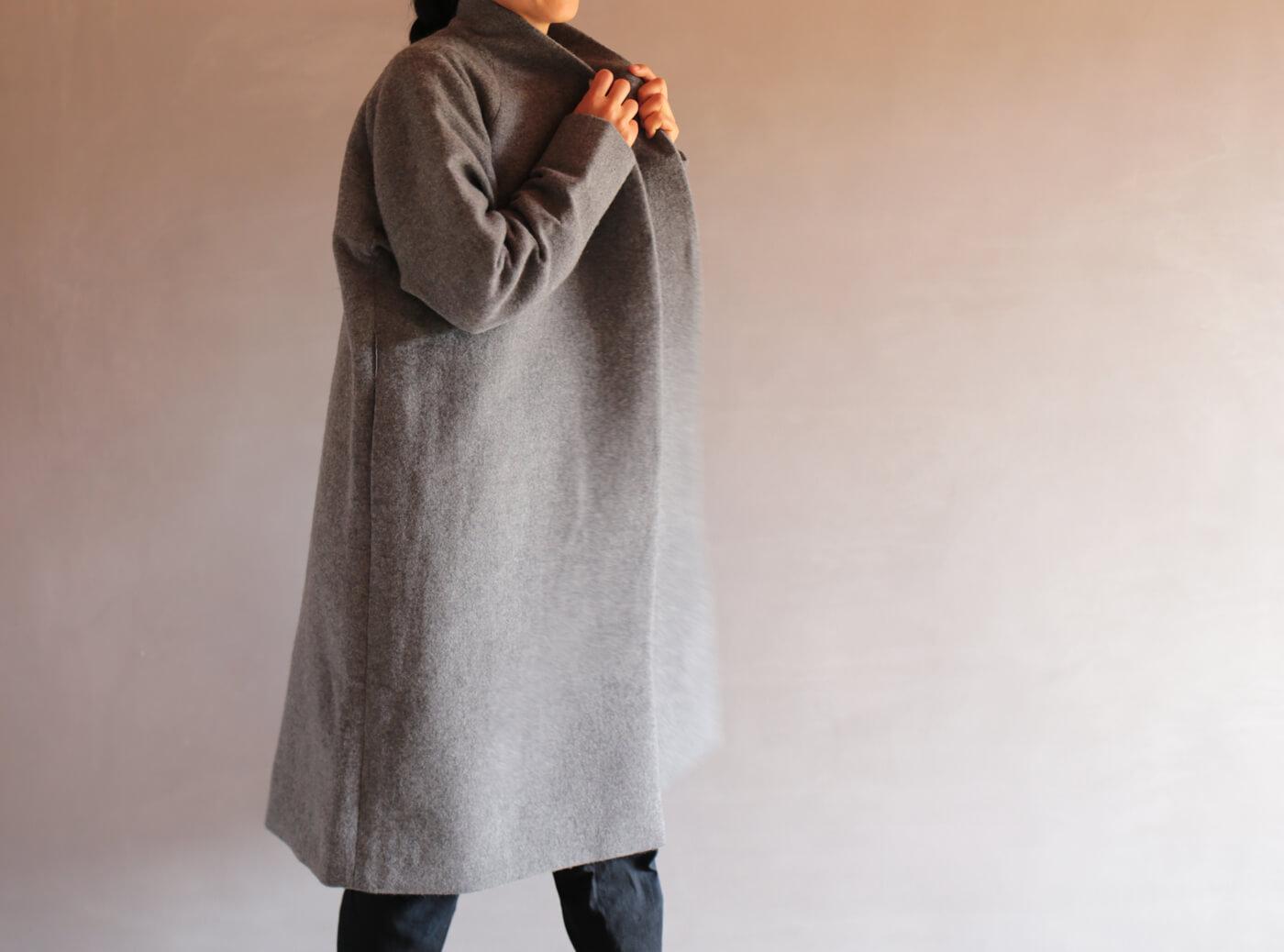 カシミアリネンウールのコートのアイキャッチ画像