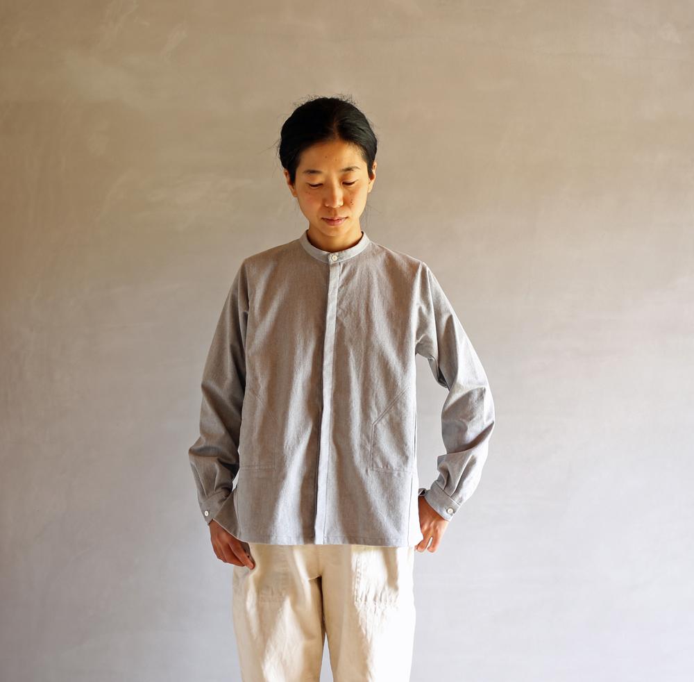 スタンドカラーシャツのアイキャッチ画像