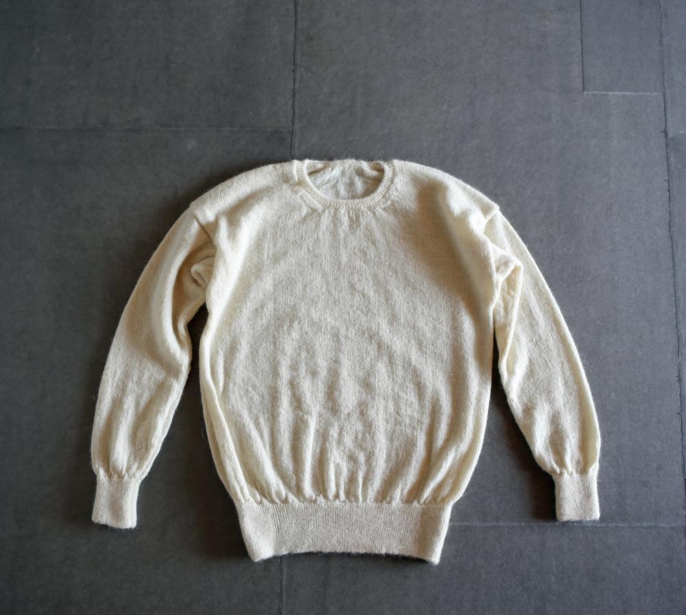 えみおわすのセーターのアイキャッチ画像